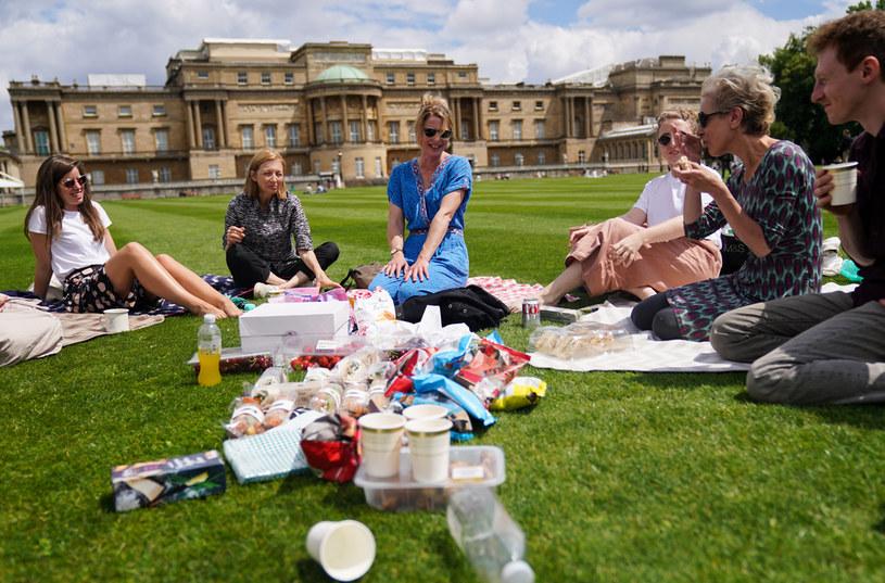 Z możliwości piknikowania na terenie ogrodów Pałacu Buckingham można korzystać od kwietnia 2021 roku /Kirsty O'Connor/PA Images /Getty Images