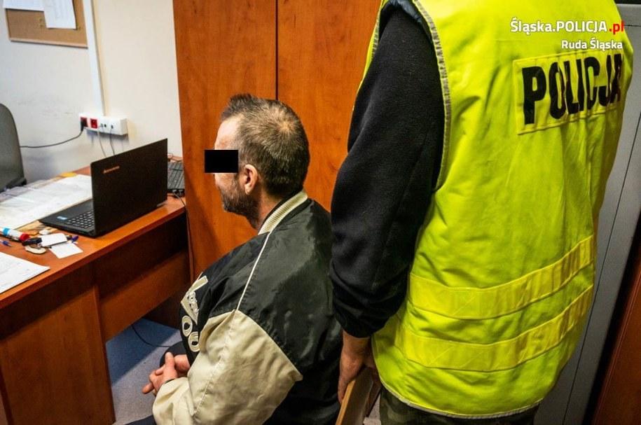 Z nożem w ręku napadł na pocztę w Rudzie Śląskiej. Jest decyzja ws. aresztu /Śląska policja /