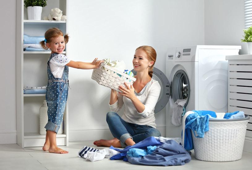 Z odpowiednim sprzętem pranie może stać się dziecinnie proste /123RF/PICSEL