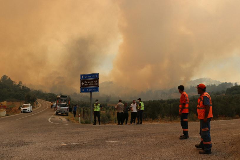Z ogniem walczy 4 tys. strażaków /AA/ABACA/Abaca /East News