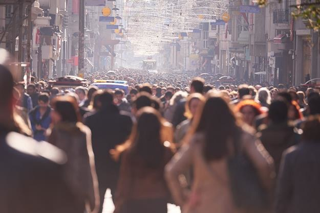 Z overtourismem zmagają się dziś miasta na całym świecie /©123RF/PICSEL