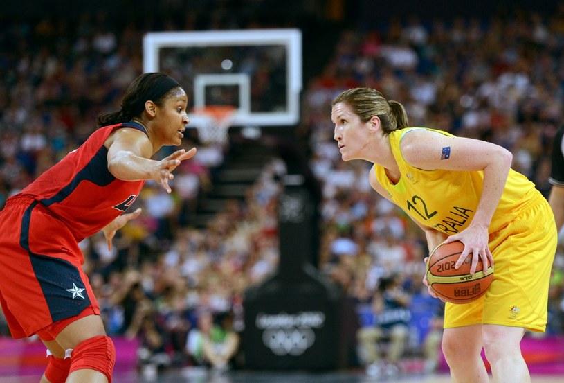 Z piłką Belinda Snell - gwiazda CCC Polkowice i reprezentantka Australii /AFP