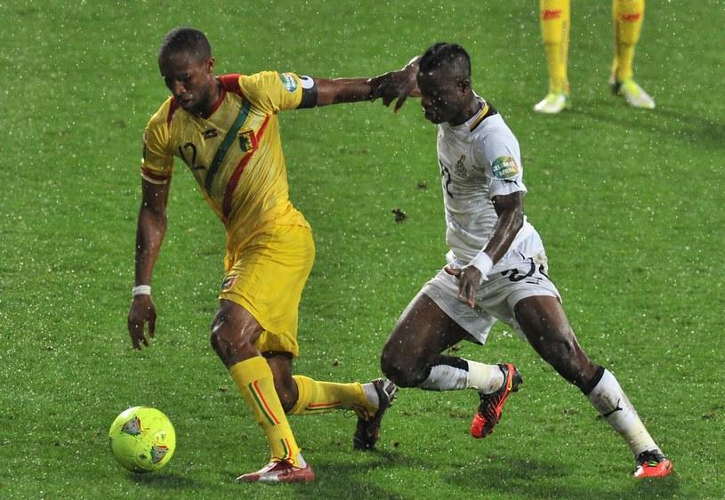 Z piłką Seydou Keita (Mali) podczas meczu z Ghaną /AFP