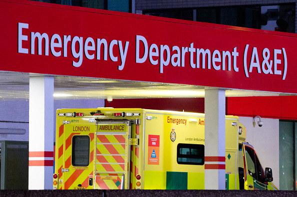 Z powodu koronawirusa w Wielkiej Brytanii zmarło już 26 097 osób. /Ollie Millington /Getty Images