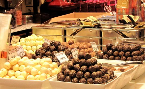 Z powodu upałów w belgijskich sklepach brakuje czekolady. Rozpływa się przy wyładunku