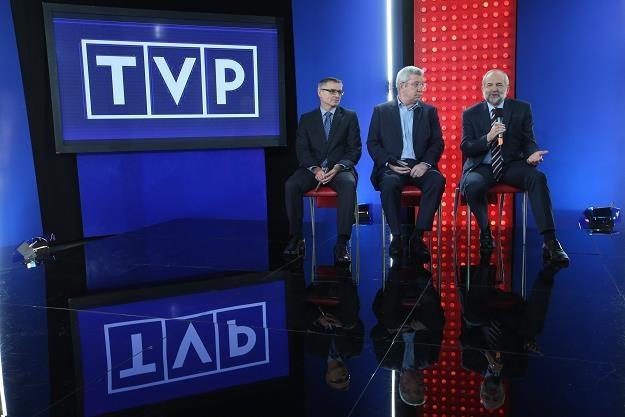 Z prawej prezes TVP Juliusz Braun /PAP