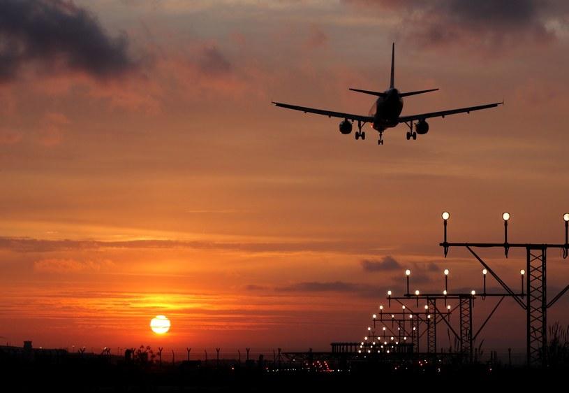 Z relacji pasażerów wynika, że samolot nagle znalazł się w strefie bardzo gwałtownych turbulencji; Zdj. ilustracyjne /123RF/PICSEL