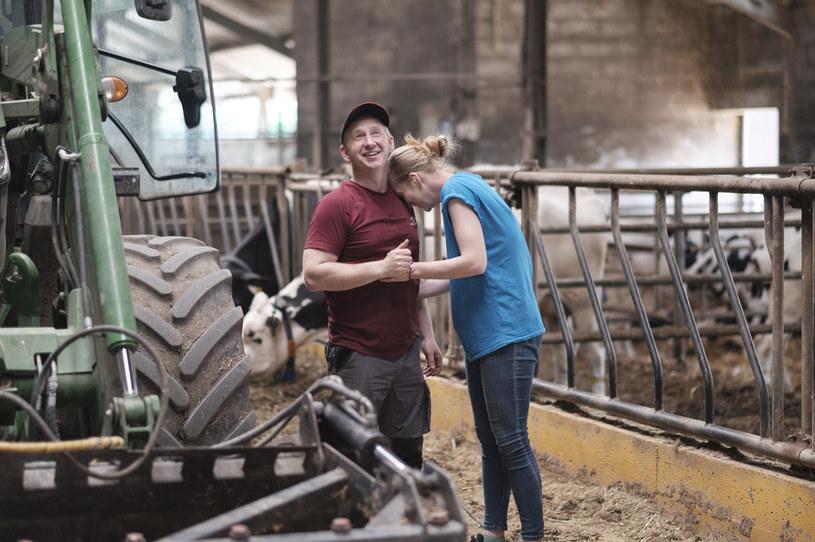 Z rolnikami z Podlasia uśmiech na twarzy jest gwarantowany /FOKUS TV