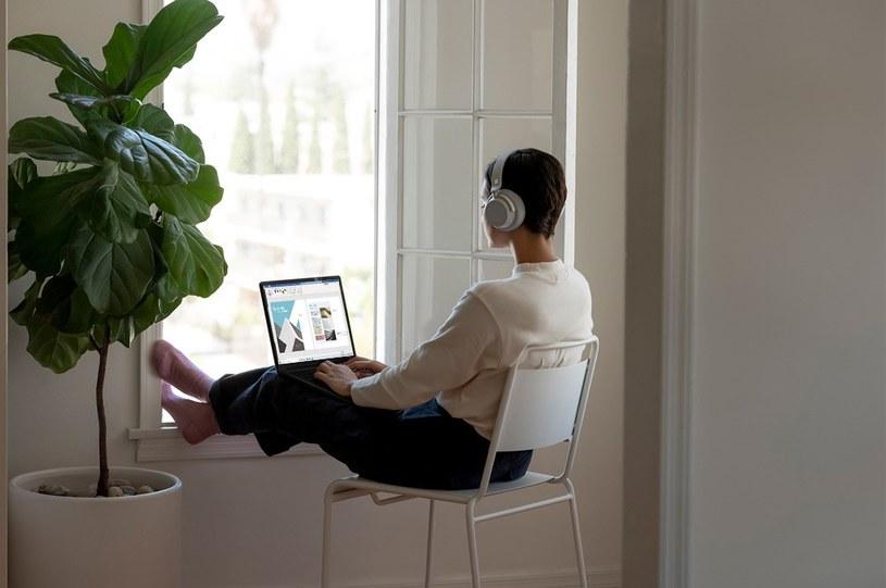 Z Surface Laptop można odciąć się od otoczenia /materiały promocyjne