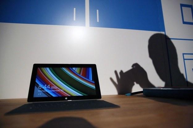 Z tabletów Surface 2 już wkrótce skorzystają piloci linii lotniczych Delta Air Lines /AFP
