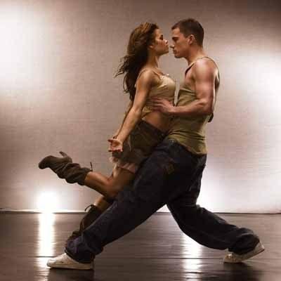 Z takiego tańca musiało zrodzić się uczucie... /materiały prasowe