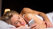 Z telefonami komórkowymi przy sobie gorzej śpimy