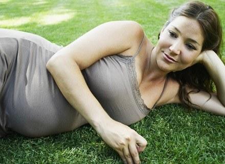 Z upływem czasu zdolności zajscia w ciążę zmniejszają się /© Panthermedia