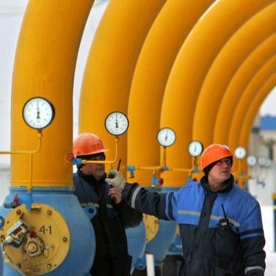 Z uwagi na możliwość występowania w Polsce gazu łupkowego, możliwa jest zmiana porozumienia z Rosją /AFP