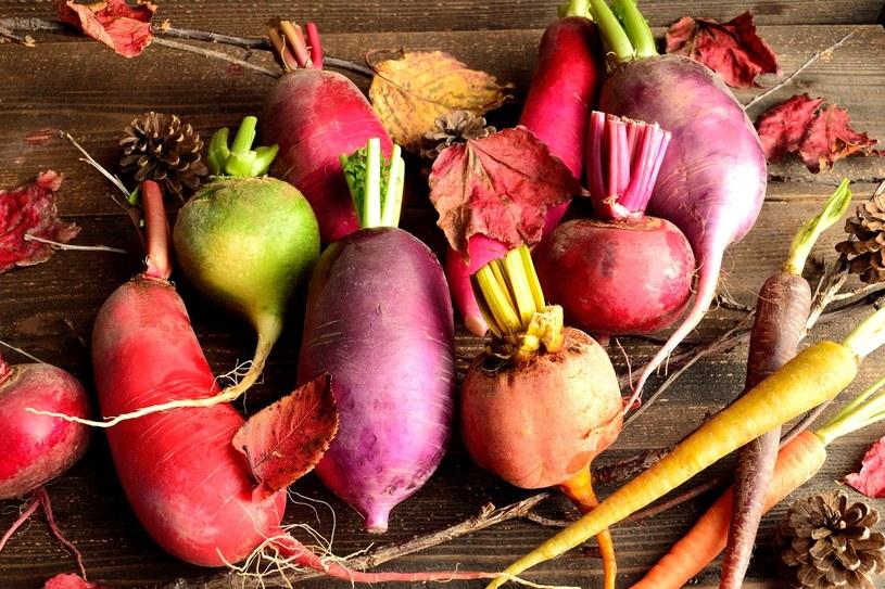 Z warzyw korzeniowych łatwo przygotować pyszne potrway /123RF/PICSEL