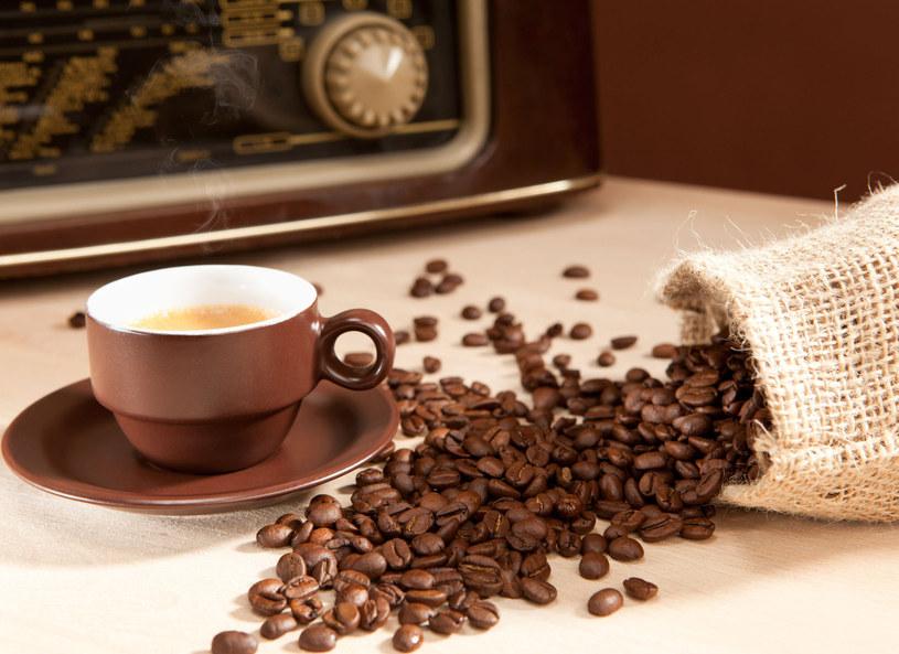 Za bezpieczną uważa się dzienną dawkę kofeiny do 400 miligramów /Picsel /123RF/PICSEL