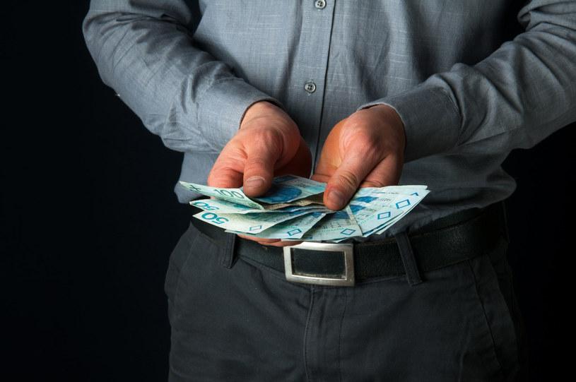 Za czas urlopu pracownikowi przysługuje wynagrodzenie, jakie gdyby pracował /123RF/PICSEL