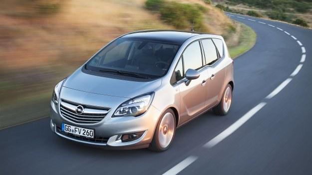 Za dopłatą Meriva oferowana będzie z 17- lub 18-calowymi alufelgami. /Opel