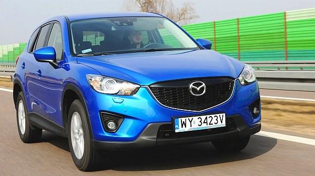 Za egzemplarz z 2012 roku trzeba zapłacić ok. 55 tys. zł. Ceny Mazd CX-5 po liftingu rozpoczynają się od ok. 70 tys. zł. /Motor