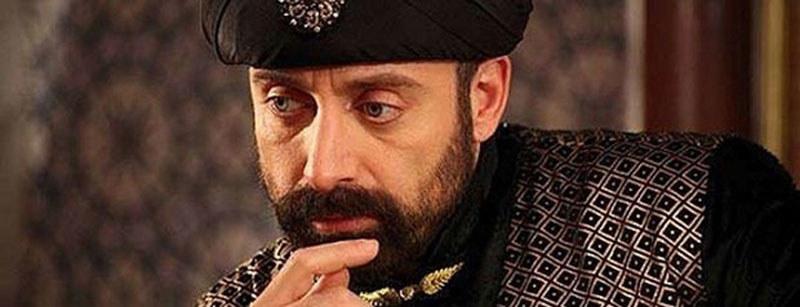 Za młodu Sulejman II był przystojny. Jednak z wiekiem roztył się, w przeciwieństwie do swojego serialowego odpowiednika /materiały prasowe