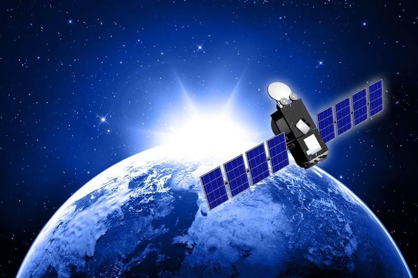 Za niezrozumiałymi manewrami satelity Łucz kryją się prawdopodobnie działania wywiadowcze /123RF/PICSEL
