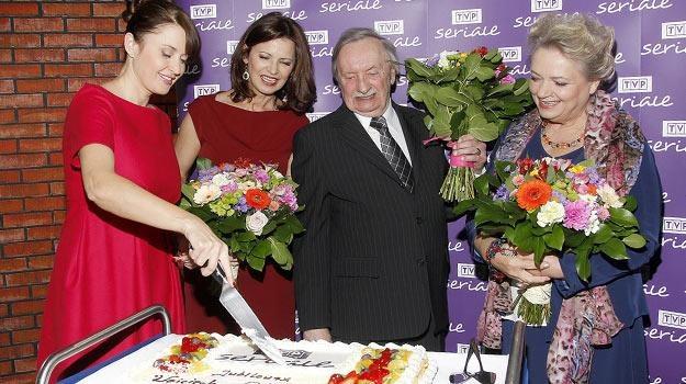 Za parę dni Wojciech Pokora będzie świętował 80. urodziny, ale tort już zjadł... /AKPA