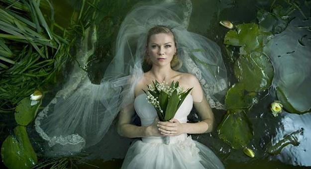 """Za rolę w """"Melancholii"""" Kirsten Dunst została nagrodzona w na festiwalu w Cannes /materiały dystrybutora"""