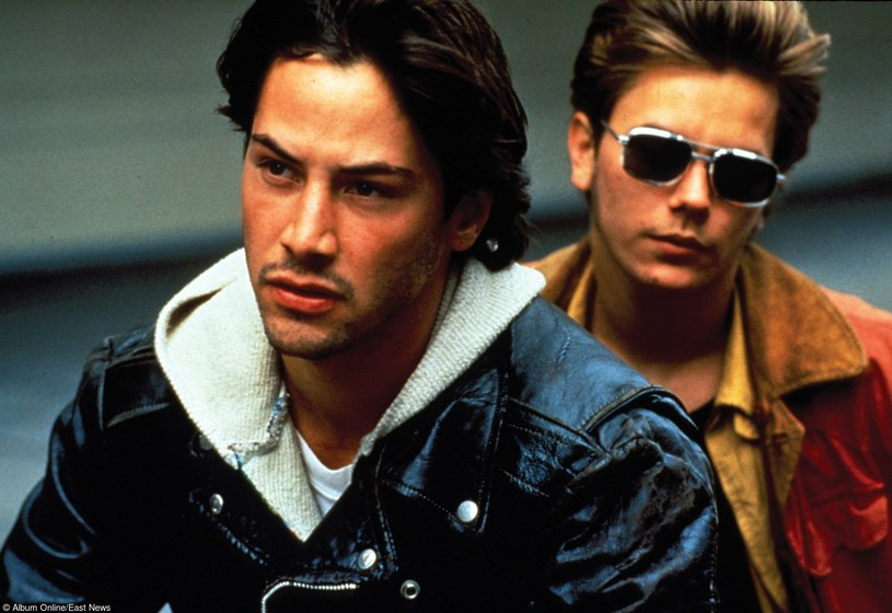 """Za rolę w """"Moim własnym Idaho"""", w którym wystąpił z Keanu Reevesem, Phoenix dostał nagrodę dla najlepszego aktora na festiwalu filmowym w Wenecji /East News"""
