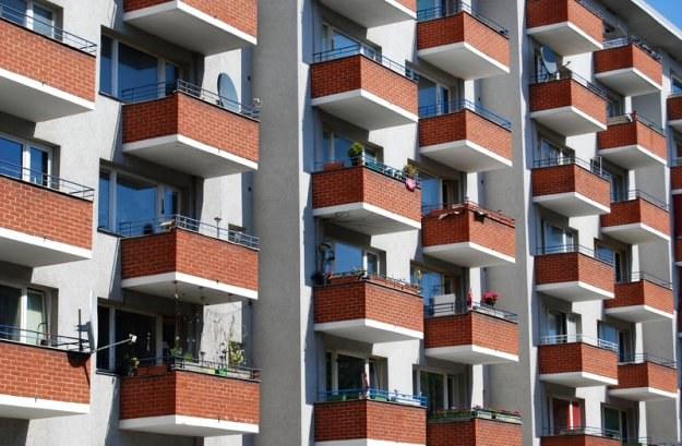 Za równowartość 50 metrowego mieszkania w Bytomiu, w Warszawie można kupić lokal o pow. 14 m kw. /© Panthermedia