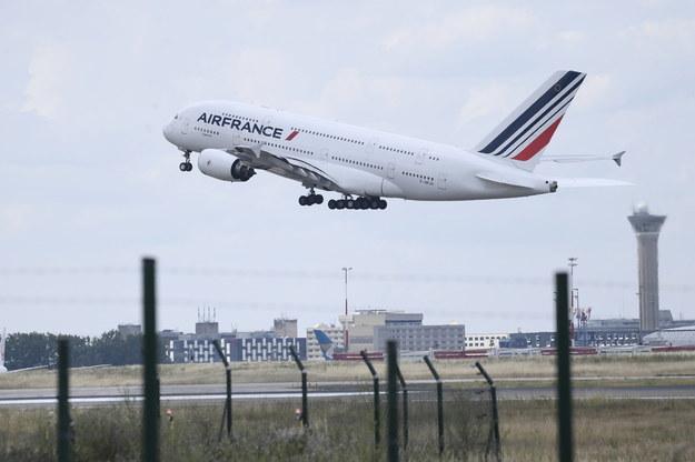 Za tydzień Francja najprawdopodobniej zostanie wpisana na listę krajów objętych zakazem lotów do Polski //JULIEN DE ROSA / POOL /PAP/EPA
