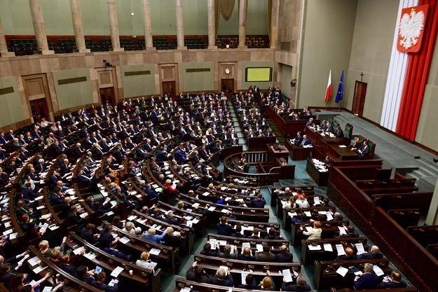 Za uchwaleniem nowelizacji opowiedziało się 225 posłów /fot. Jakub Kamiński /PAP