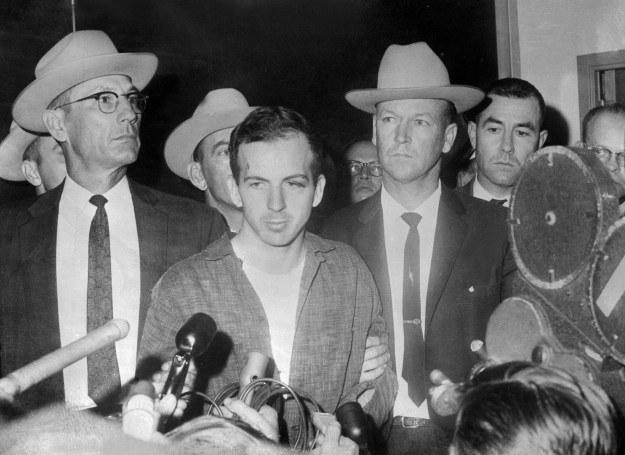 Za zabójcę Kennedy'ego został uznany Lee Harvey Oswald /AFP