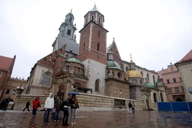 Zabezpieczenia sieci bezprzewodowych w Krakowie pozostawiają wiele do życzenia /AFP
