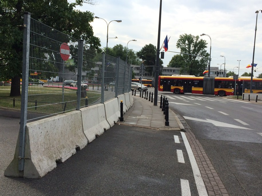 Zabezpieczone okolice Stadionu Narodowego /Mariusz Piekarski (RMF FM) /RMF FM