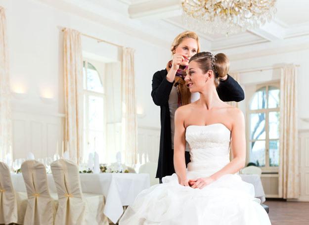 Zabierając się za organizację swojego ślubu i wesela musimy przede wszystkim przygotować się na długofalowy proces organizacyjny /- /123RF/PICSEL