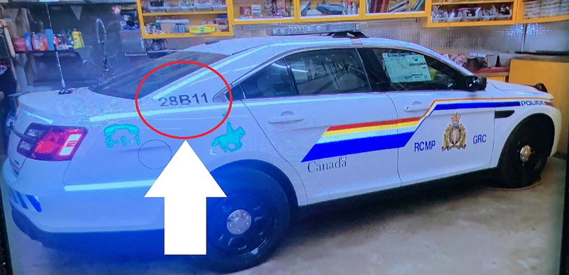 Zabójca Gabriel Wortman poruszał się samochodem upodobnionym do wozu policyjnego /PAP/EPA