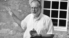 Zabójstwo księdza Oliviera Maire'a. Mężczyzna zgłosił się na policję, mówi, że to on zabił