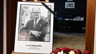 Zabójstwo Pawła Adamowicza. Trzeci zespół biegłych przebada Stefana W.