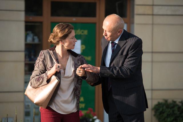 Zaborczy prokurator zagrozi żonie, że zamknie ją w wariatkowie /Agencja W. Impact