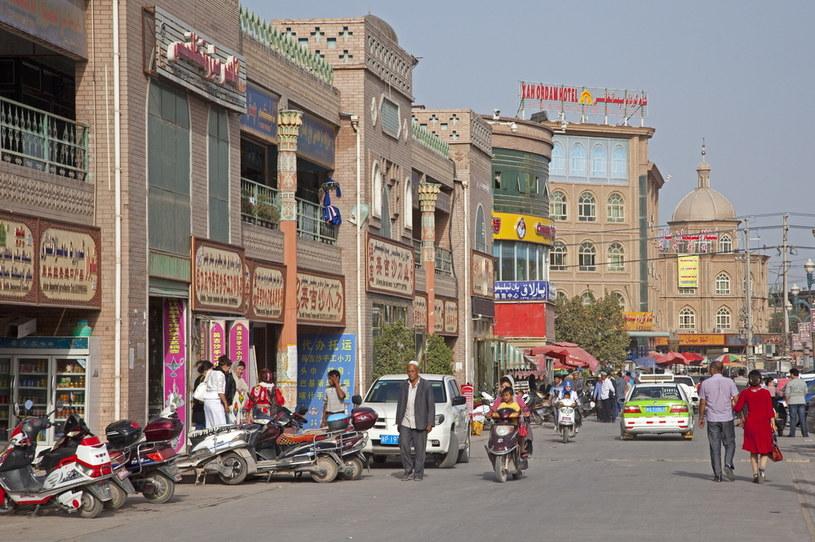 Zabytkowa zabudowa Kaszgaru staje się powoli reliktem przeszłości /Arterra/Universal Images Group /Getty Images