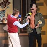 Zac Efron złapał Dave'a Franco za krocze!