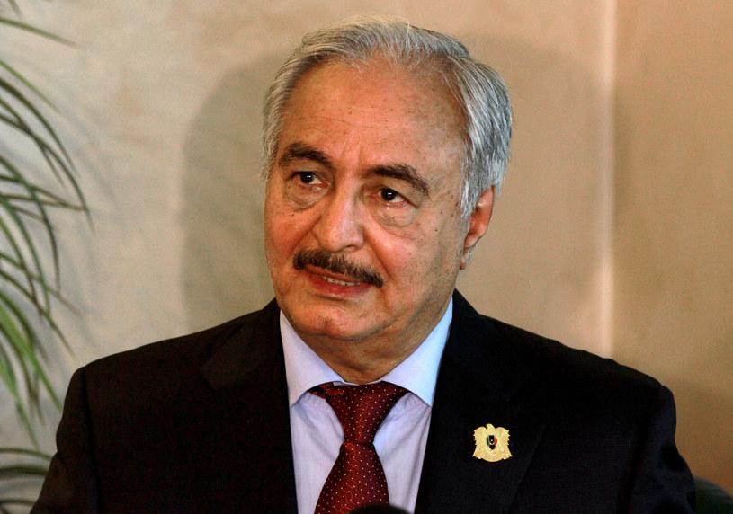Zachód apeluje do sił Haftara o wycofanie się z portów naftowych /AFP