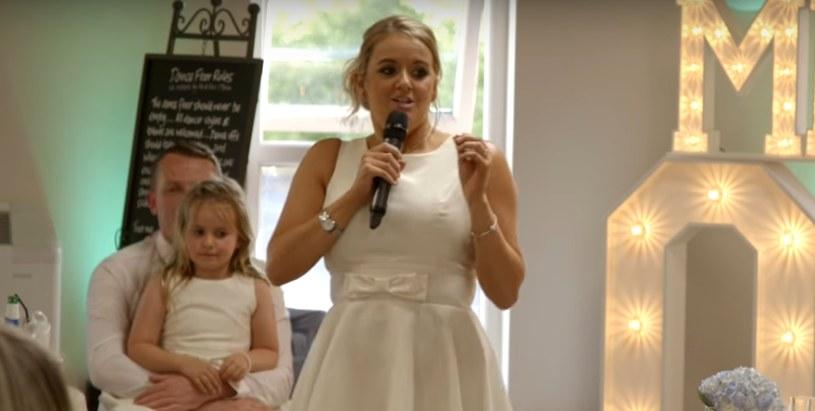 Zaczynało się jak każde przemówienie weselne /Hayley O'Brien /YouTube
