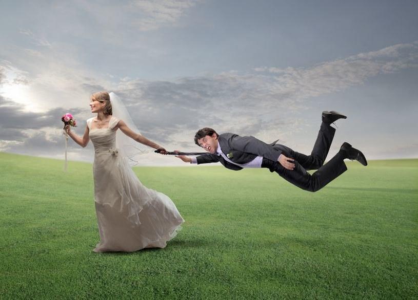 Zadaj sobie pytanie: czy chcesz tego ślubu z miłości, czy z poczucia, że tak wypada? /123RF/PICSEL
