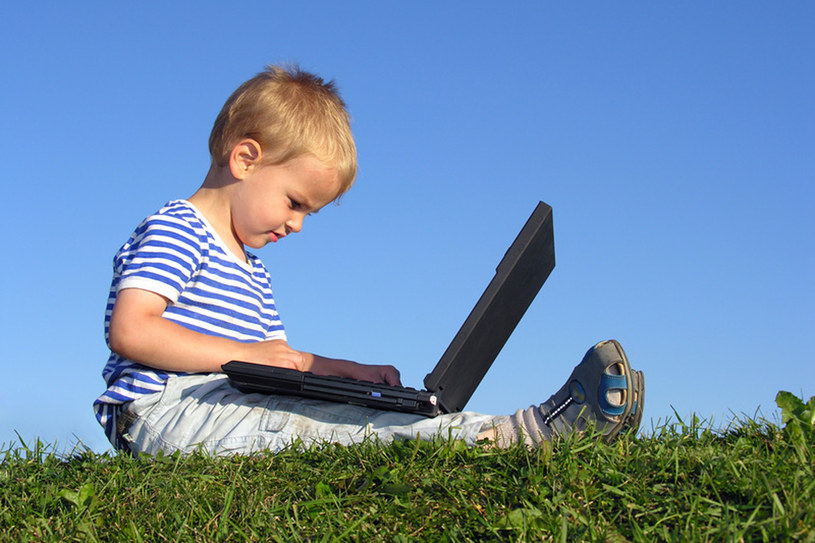 Zadbaj, aby twoje dziecko jak najpóźniej zainteresowało się komputerem  /© Panthermedia