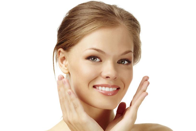 Zadbaj o jędrność skóry /© Photogenica