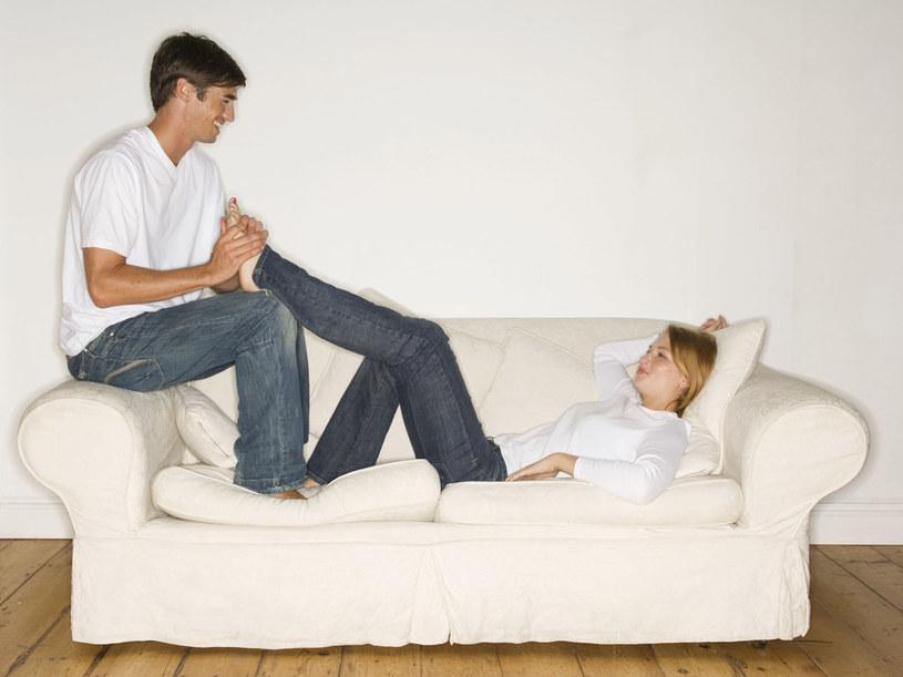 Zadbaj o nogi już od pierwszych miesięcy ciąży  /ThetaXstock