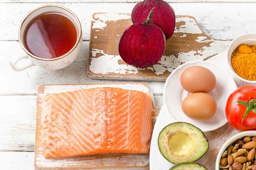 Zadbaj o odpowiednią dietę /123RF/PICSEL