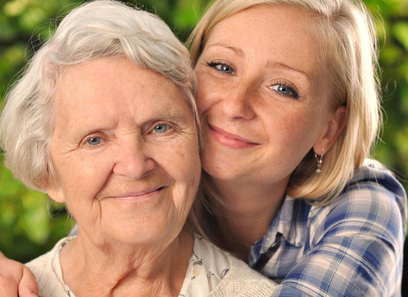 Zadbaj o relacje z wnukami /123RF/PICSEL