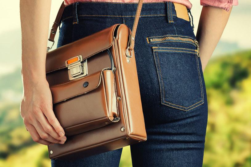 Zadbaj o swoją ulubioną torebkę /123RF/PICSEL